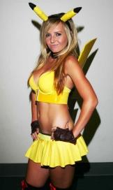Jessica Nigri Pikachu