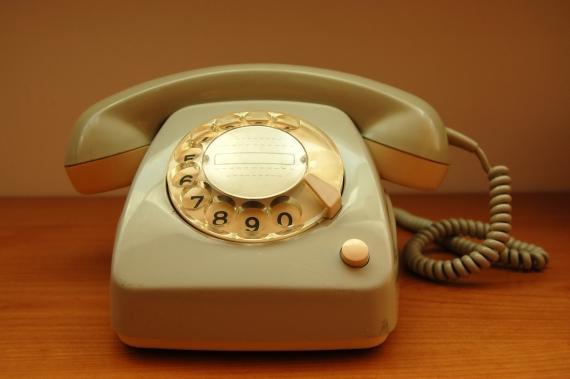 linha de telefone fixo