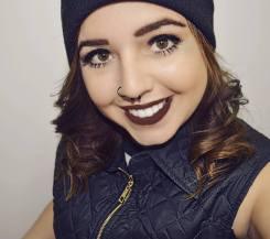 Caroline Di Santi 9