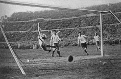 Gol - Uruguay campeon - Copa do Mundo 1930